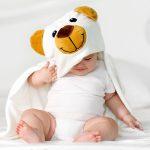 Měkká a superabsorpční dětská osuška s kapucí – Medvídek, 90x90cm, bílá – 1